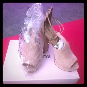 Just Fab! Brand New! Pink Platforms!